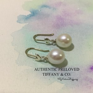 Pre-owned Tiffany & Co. Paloma Picasso Olive Leaf Pearl Earrings